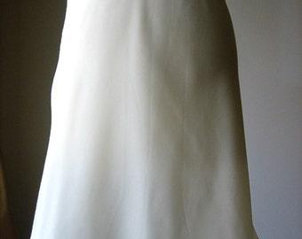 Slip Vintage Lingerie Negligee Half Skirt Length Smooth Silky White