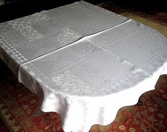 DAMASK TABLECLOTH Vintage WHITE Formal Supple Damask Blend Playful Harlequin