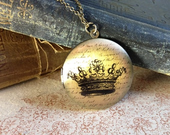 Crown Locket Necklace - Fairytale Vintage Illustration - Elegant Jewellery - Unusual Necklace