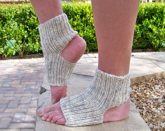 Knit Sock Pattern, Knitting Patterns, Yoga Socks  Pattern, Knit Socks, Womens Socks,  Dance Socks, Instant Download