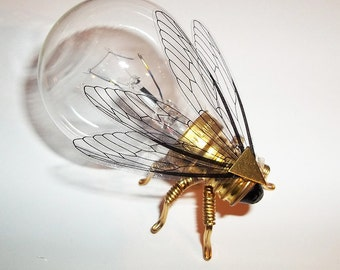 Steampunk brooch - Large Brass Fly Lightbulb Brooch - Unique Steampunk Steam Punk Clockwork Jewelry