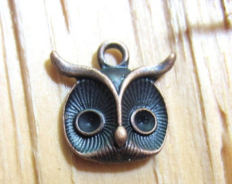 10 Owl jewelry charms antique copper earring dangles antique copper owl pendants 15mm x 15mm Bin1