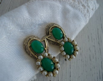 Vintage Gold Green Jade and Pearls Clip Earrings Peking Glass