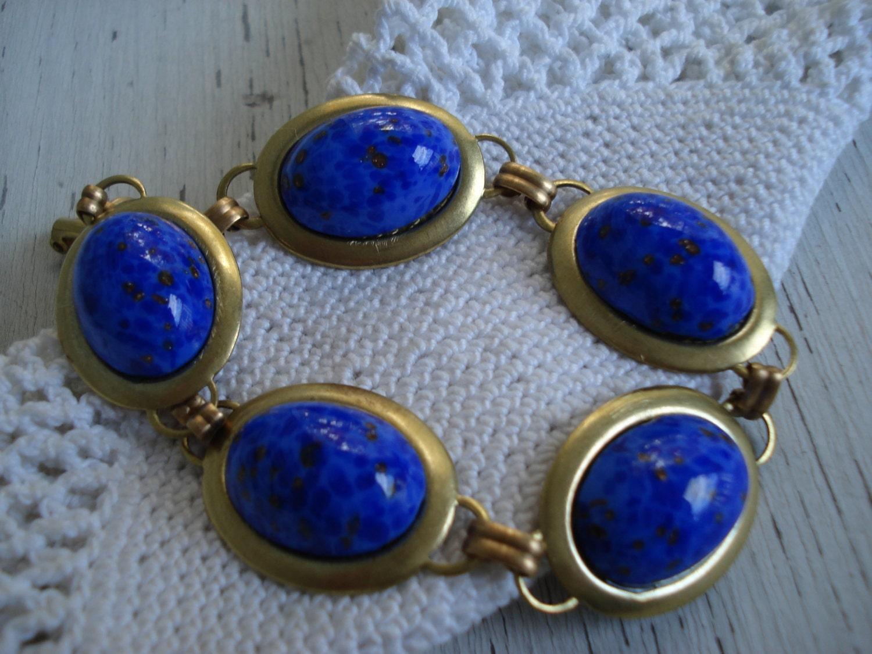 vintage royal blue lapis lazuli glass gold bracelet. Black Bedroom Furniture Sets. Home Design Ideas
