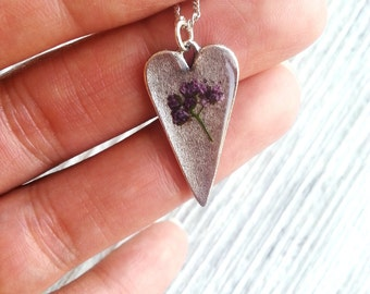 Dainty Purple Flower Necklace Pressed Flower Necklace Purple Spirea Delicate Nature Botanical Bridal Minimalist Heart Charm Plant Resin