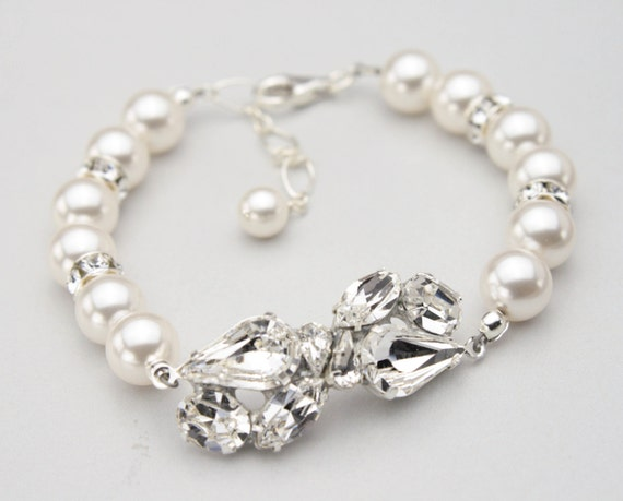 Pearl Bridal Jewelry, Rhinestone and Pearl Wedding Bracelet, Vintage Style Bridal Bracelet, Swarovski Crystals and Pearls