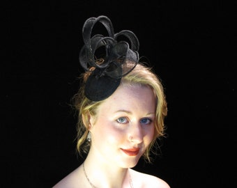Black Fascinator| Sinamay Hairpiece| OOAK Fascinator|  Black Sinamay Fascinator| Fascinator on comb| Light and airy fascinator