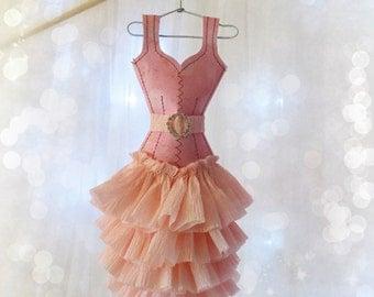Papier Boudoir Boutique - 'Pink Perfection' miniature paper dress