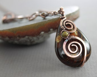 Swirly rich brown and honey agate stone copper necklace on chain - Copper necklace - Stone necklace - Agate necklace