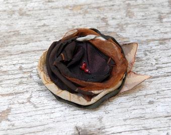 Fall flower brooch --- Fabric flower pin--- Dress flower, hat flower --- Tagt Rdtt --- Winter accessory