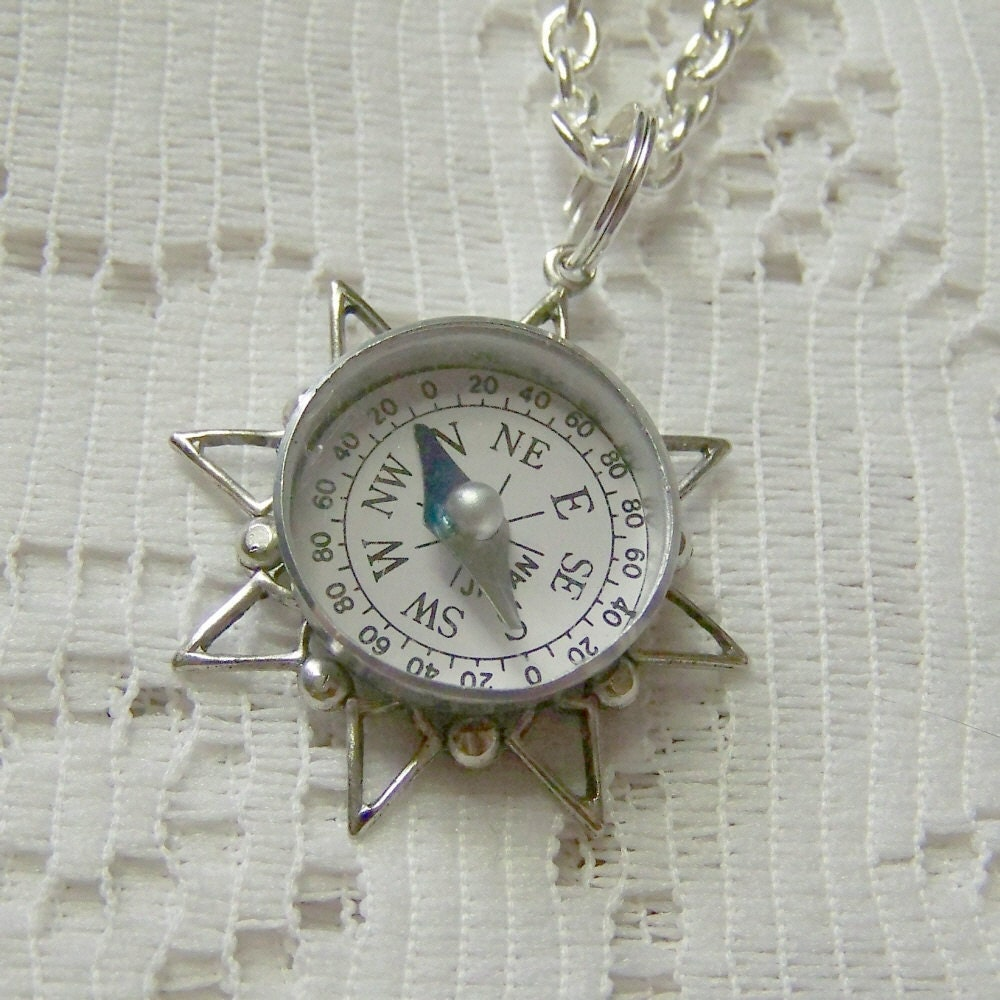COMPASS Rose Necklace Vintage Exclusive Nautical Design