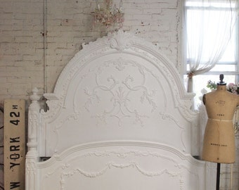 Painted Cottage Chic Shabby Romantic Bed Queen / King  3000