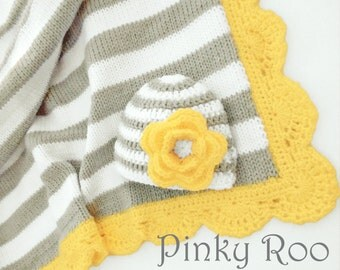 Grey and yellow Baby blanket and hat gift set / Baby girl blanket  / baby shower gift set / photo prop
