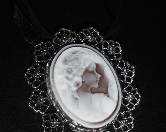 Gorgeous Lady Cameo Necklace--Great Gift--FREE Jewelry Giftwrap