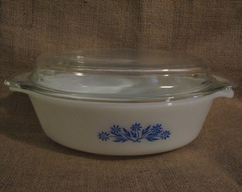 Vintage Covered Baking Dish - Anchor Hocking - Fire King - Cornflower Pattern - Vintage Dishes - Baking Dish - Kitchen - Housewares