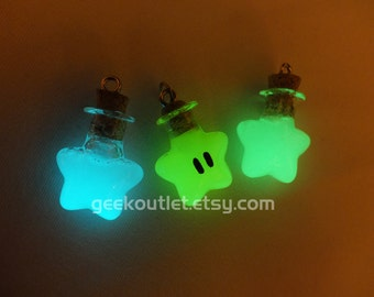 Glow-in-the-dark Super Mario Invincibility Star Necklace