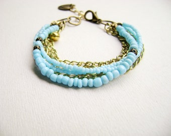 Breeze - trendy stacking bracelet in light turquoise gold chains boho chic style