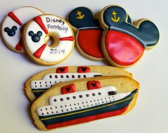 One dozen Nautical Mouse Cruise cookies