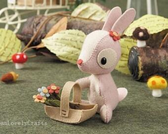 Felt Stuffed Animal Deer and Baby Fawn Japanese DIY Kit Die