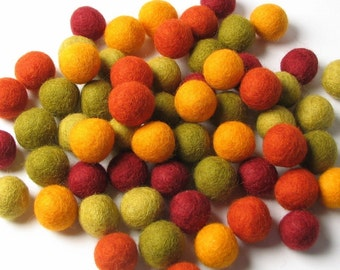 60 Hand-felted Wool Felt Balls 1.5 CM Autumn Halloween Orange Green Handbehg Felts Fiber Crafts