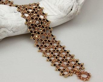 Anne Boleyn's Bracelet/ PDF file