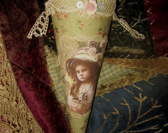 Edwardian Girl Vintage Lace Candy Cone May Day Tussie Mussie