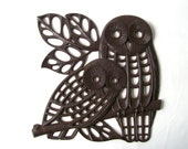 vintage 70's cut-out owl wall hanging brown hard plastic decorative home decor modern minimalist retro syroco homco large xl oversize leaves