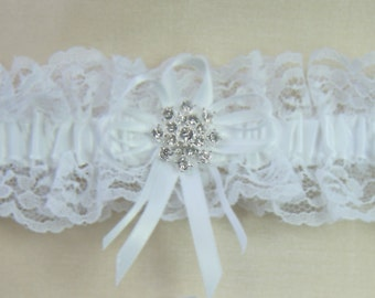WINTER SNOWFLAKE Wedding Garters White lace Rhinestone Garter Keep