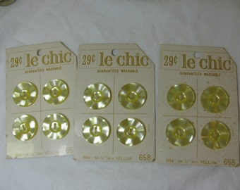 12 Vintage Buttons - Matching Pearly Yellow - Le Chic on Cards Sew Thru 22 mm / .8""