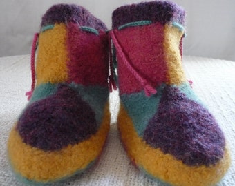 Wool Felted Jester Renaisaince Booties Size 6.5