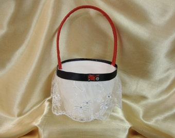 Light Ivory Flower Girl Basket with Red and Black Case IH Colors