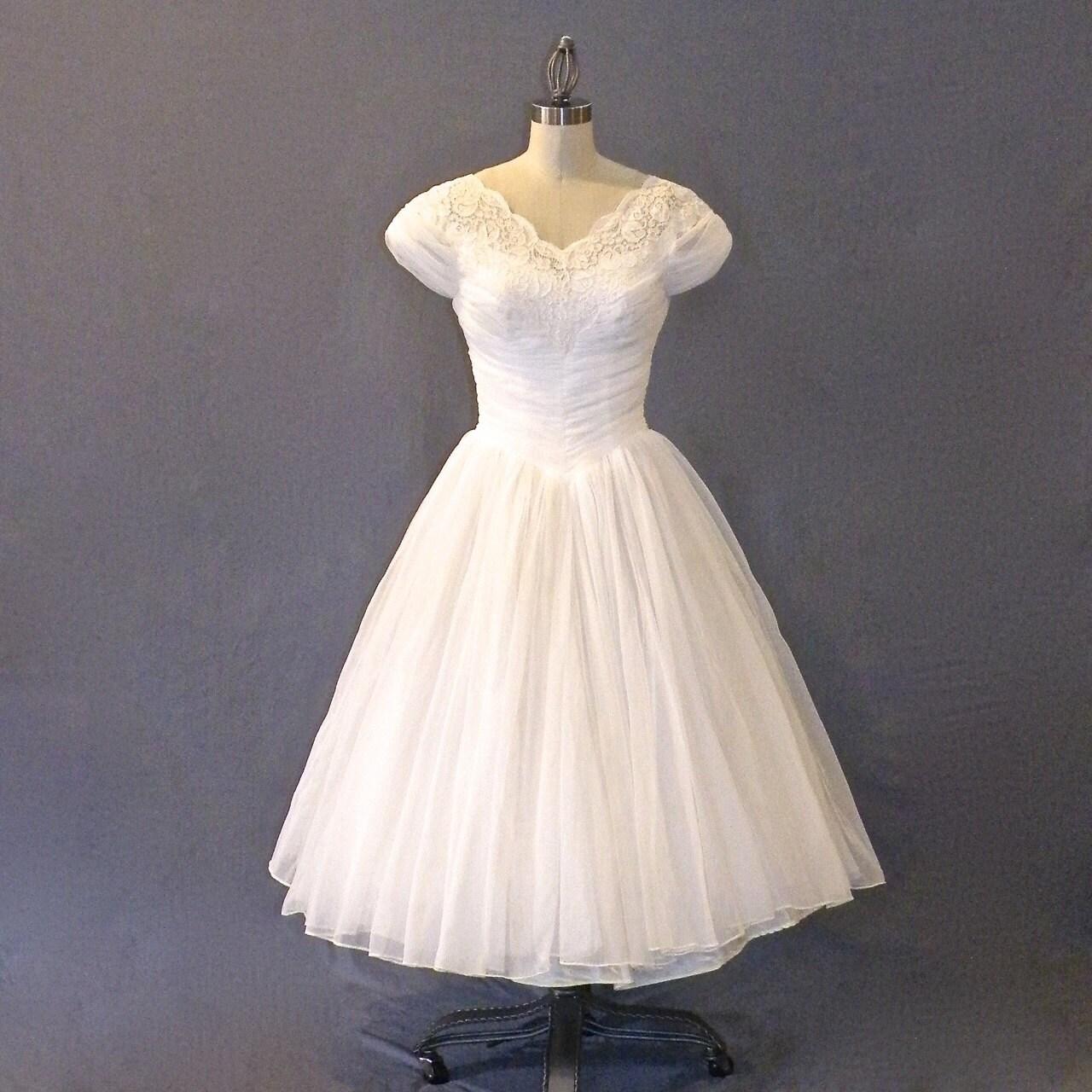 Vintage 1950s Wedding Dress White Chiffon & Lace by