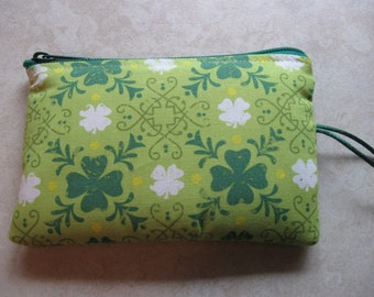 shamrock green padded makeup jewelry bag