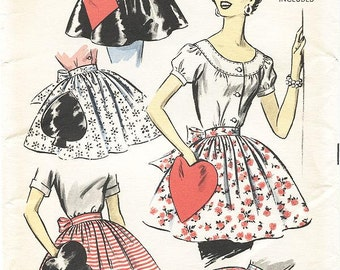 Vintage 50s Apron Pattern - Advance 8463 - Misses' Hostess Aprons with Playing Card Novelty Pockets -  One Size Pattern