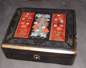Shabby Vintage black Lacquered Box with Colorful Top Design