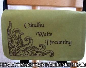 Lovecraft Cthulhu Waits Dreaming Messenger Bag
