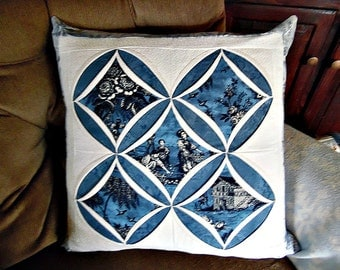 Cathedral Windows Quilt Pattern Pillow