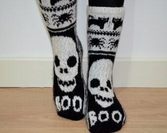 Hand Knit Wool Socks Black White Halloween Skull Scary Cat Spider