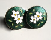 Vintage Japanese Cloisonne Screw On Earrings White Flowers