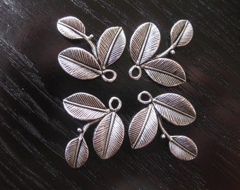 Destash pewter leaf charms (4)