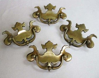 Set of 4 Vintage Ornate Brass Metal Drawer Pull Handles, Decorative Cast Brass, Victorian Revival Style, 4-1/2 Inch Long