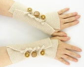 Beige recycled wool arm warmers cream fingerless gloves fingerless mittens wrists warmers arm cuffs fall winter eco friendly tagt team teamt - piabarile