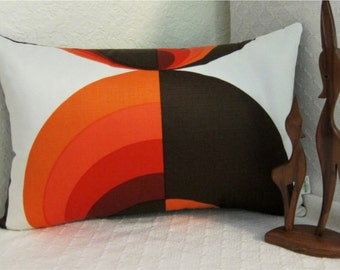 MCM Danish Modern Pillow Cover - 1960s Mod - Oranges, Cayenne, Paprika and Dk. Brown on Cream - Vintage Fabric - LUMBAR Sizes