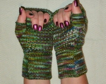 Luxury knit merino fingerless gloves, wrist warmers, green