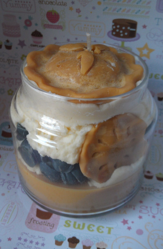 15oz Blueberry Muffin Soy Jar Candle