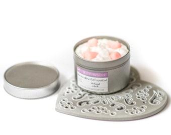 Marshmallow fluff, Candle in a tin, home fragrance, decor, girlfriend gift, vanilla, marshmallows,