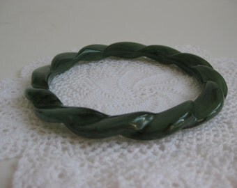 Green Twisted Bangle Bracelet