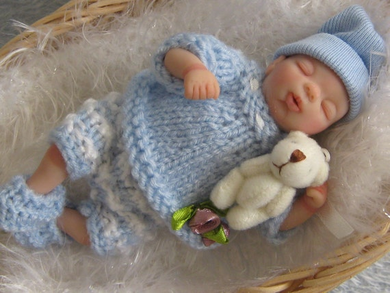 Ooak sculpt mini baby boy SCOTTY 4.5 inches by YOLIDOLLS