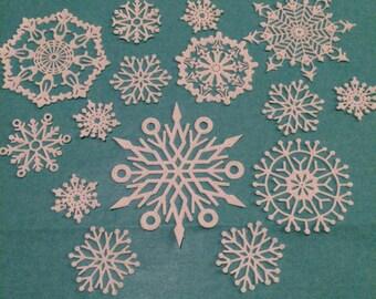 Edible Sugar Lace Snowflakes 15pieces Frozen  Crystal Cake Lace