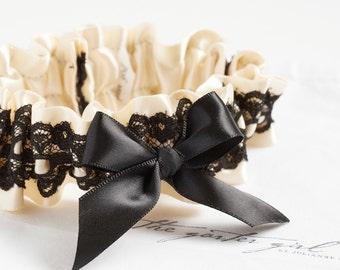 Black Lace Garter   Elegant Bridal Garter Style   Free Shipping